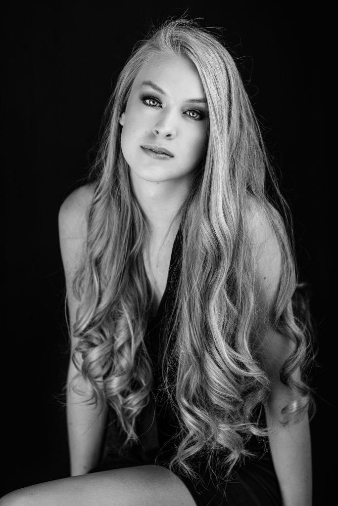 studio-portraits-senior-photography-42